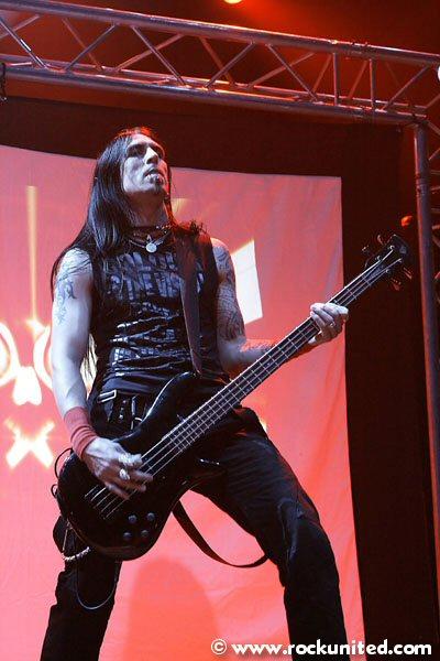 http://www.rockunited.com/live/nightwish_munich/images/pain14.jpg