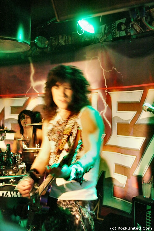 Reckless Love Live - (2010 RockUnited)